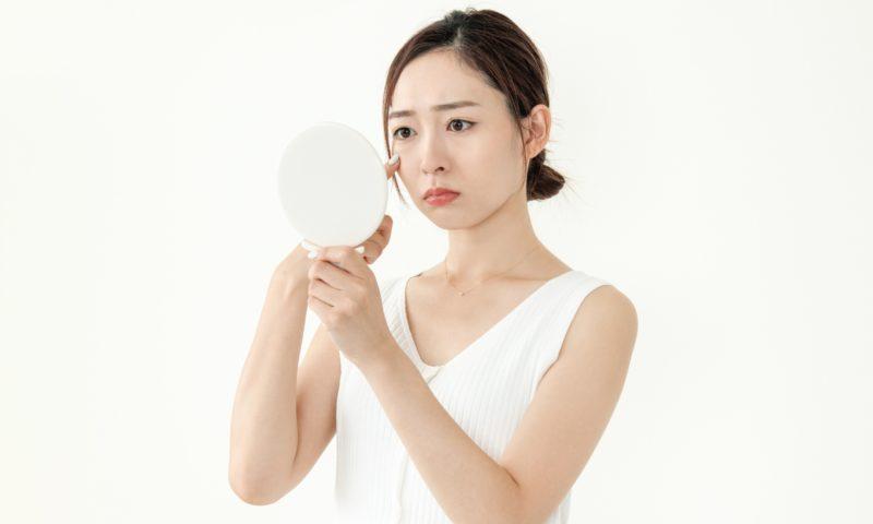 お肌の天敵!シミの原因と予防法を解説!そばかすや肝斑との違いも│Kohana オールインワンジェルクリーム│スキンケア化粧品