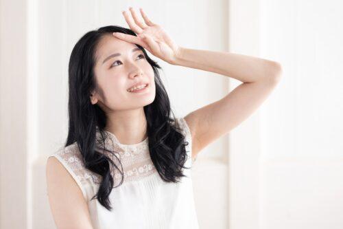 メラニンとはなに?過剰分泌には要注意!減らす方法も解説 │Kohana オールインワンジェルクリーム│スキンケア化粧品